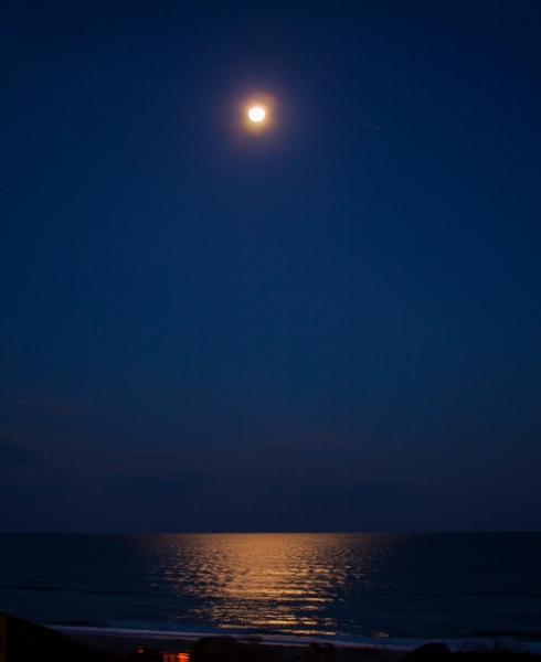 Coastal Moon Set
